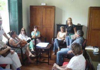 Reunión de vecinos y concejales en el HCD