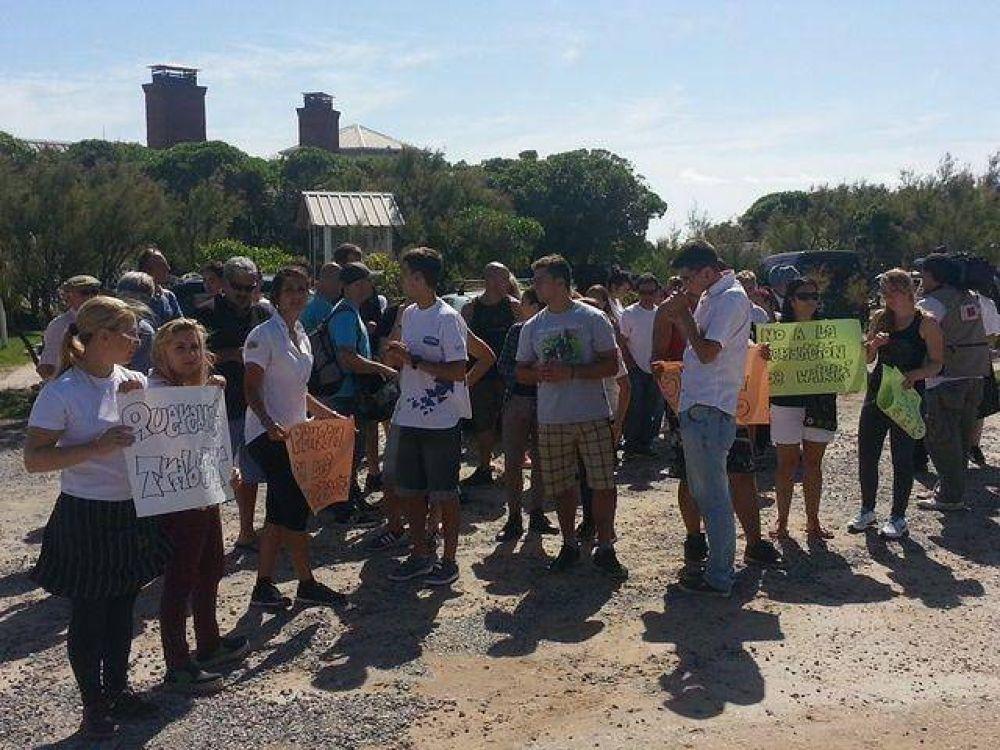 """Waikiki: trabajadores preocupados ante creciente """"incertidumbre laboral"""""""
