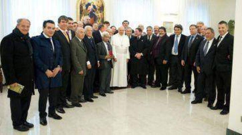 Paritarias: el Papa busca calmar los �nimos