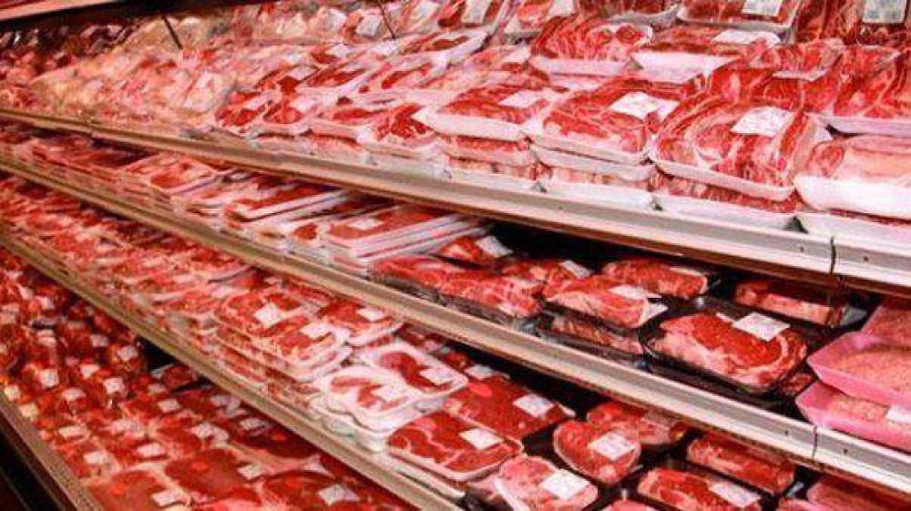 Trabajadores de la carne reclaman una suba salarial del 35%