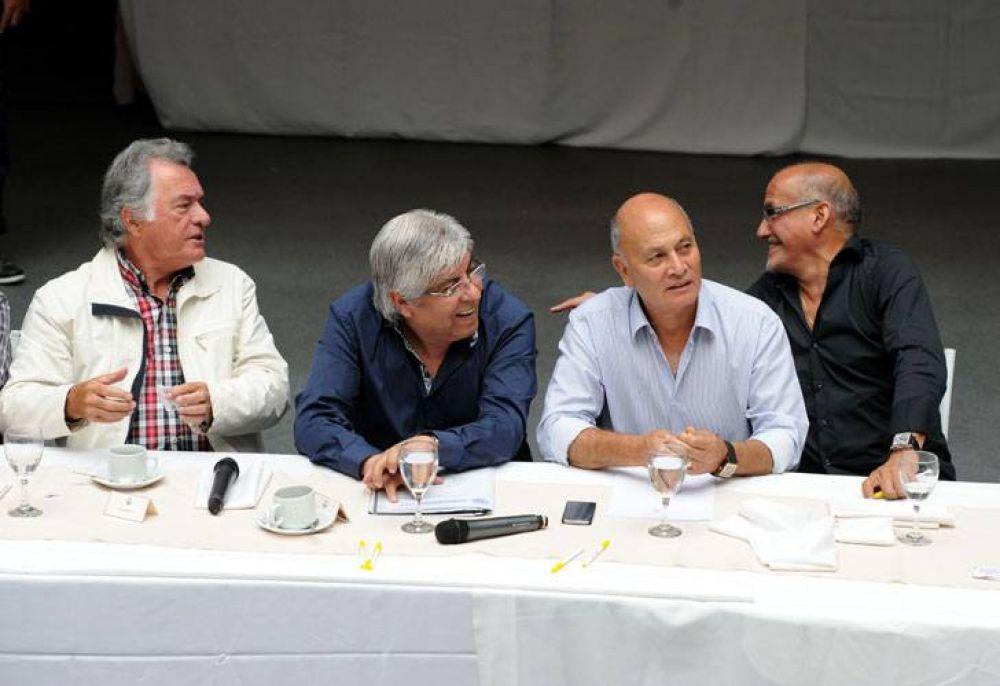 Tras el encuentro con Macri, Moyano y Barrionuevo van por Binner