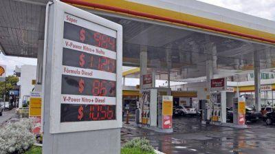 """A la espera del """"dólar petróleo"""", Shell sigue sin bajar sus precios"""