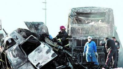 Investigan qué hizo el chofer momentos antes del accidente