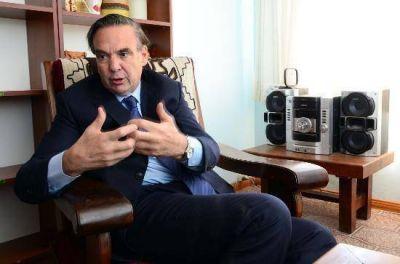 """Pichetto pidió que el acuerdo salarial esté """"por debajo del 30%"""""""
