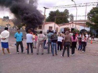 Continúa el conflicto municipal en Paclín