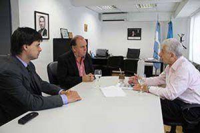 Vidal estuvo con Cuartango. Traerá planes de promoción para empleadores