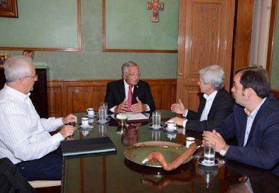 Precio del Tabaco: Fellner pedirá la participación de la Nación en la negociación
