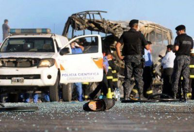 La mayoría de las víctimas de la tragedia en ruta 7 fallecieron por el choque