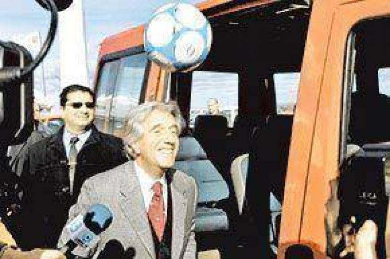 La pelea de los Kirchner con Tabar� se col� en la campa�a de Uruguay
