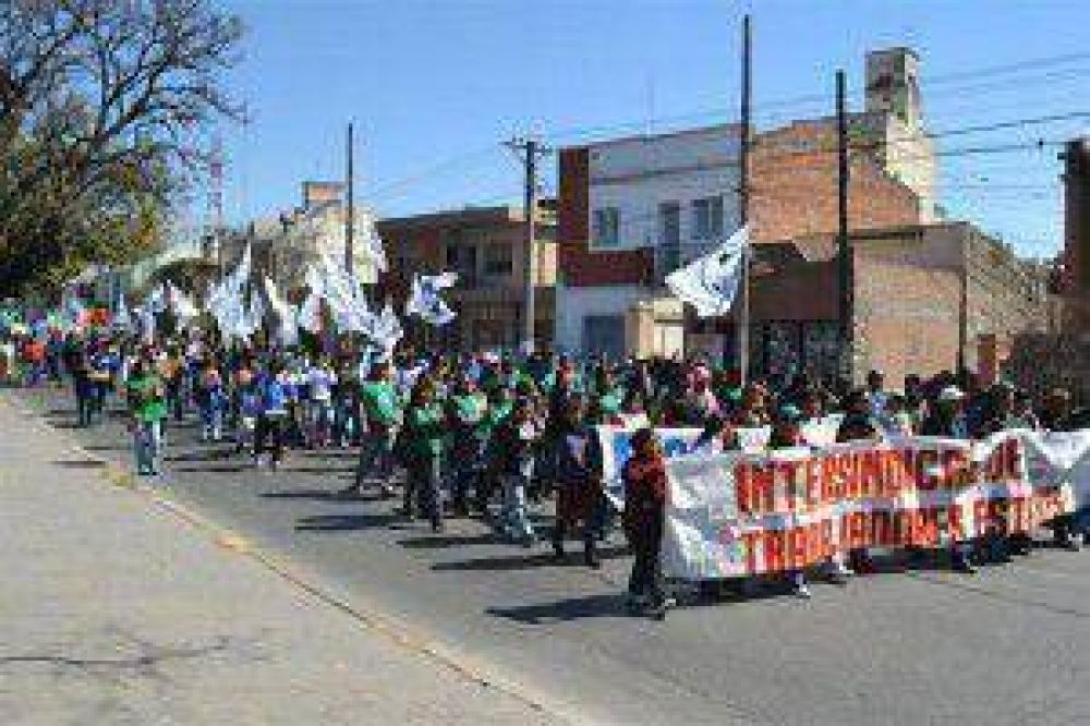 Intersindical de Jujuy realizará hoy movilización, cortes de ruta y puentes ante la inacción del gobierno de Fellner