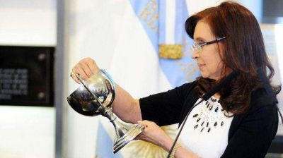 Con críticas a los medios y a la Justicia, Cristina Kirchner defendió el acuerdo de precios