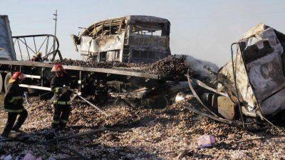En Mendoza aún no se sabe con certeza cuántas personas murieron en el trágico accidente
