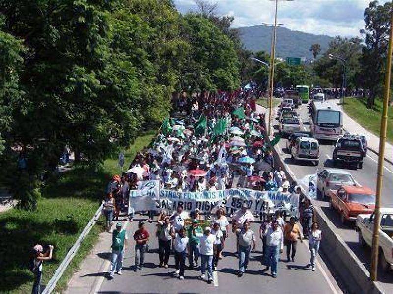 Jujuy, un caldero del reclamo salarial
