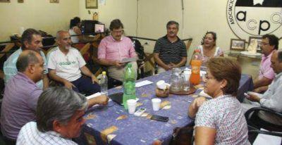 Sindicatos docentes solicitaron la urgente apertura de una mesa de diálogo