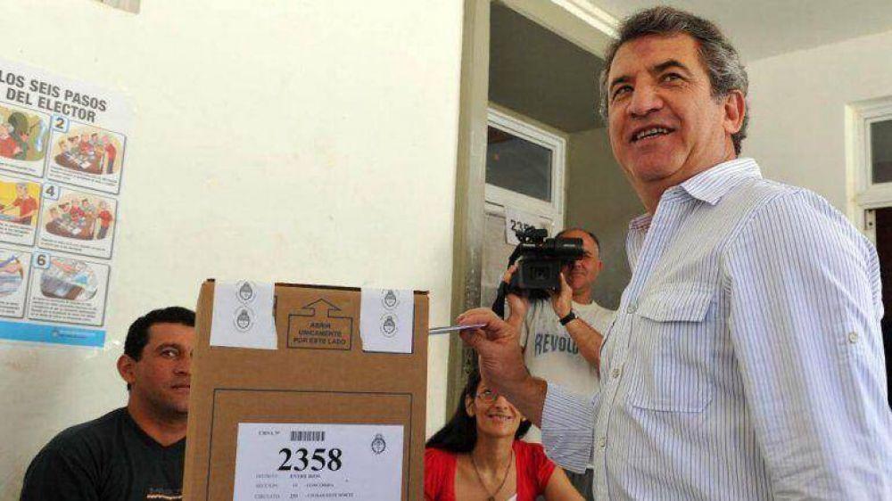 Urribarri lanzó su candidatura a Presidente y se sumó a Scioli en la lista de aspirantes oficialistas