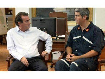 Pérez recibió al bombero voluntario de Maipú que le envió una carta luego de la tragedia de Barracas