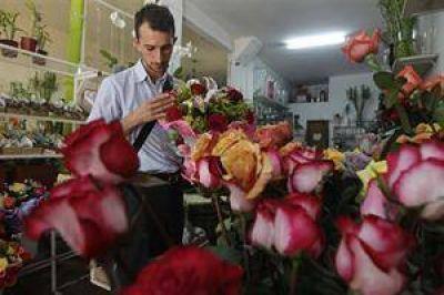Las flores, un clásico pero cada vez más costoso regalo