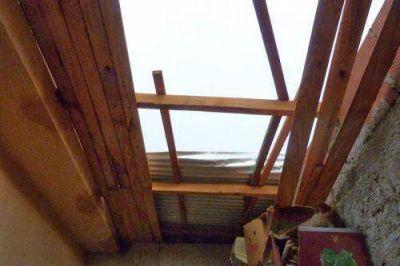 Una ráfaga de viento provocó voladura de techos en Mártires