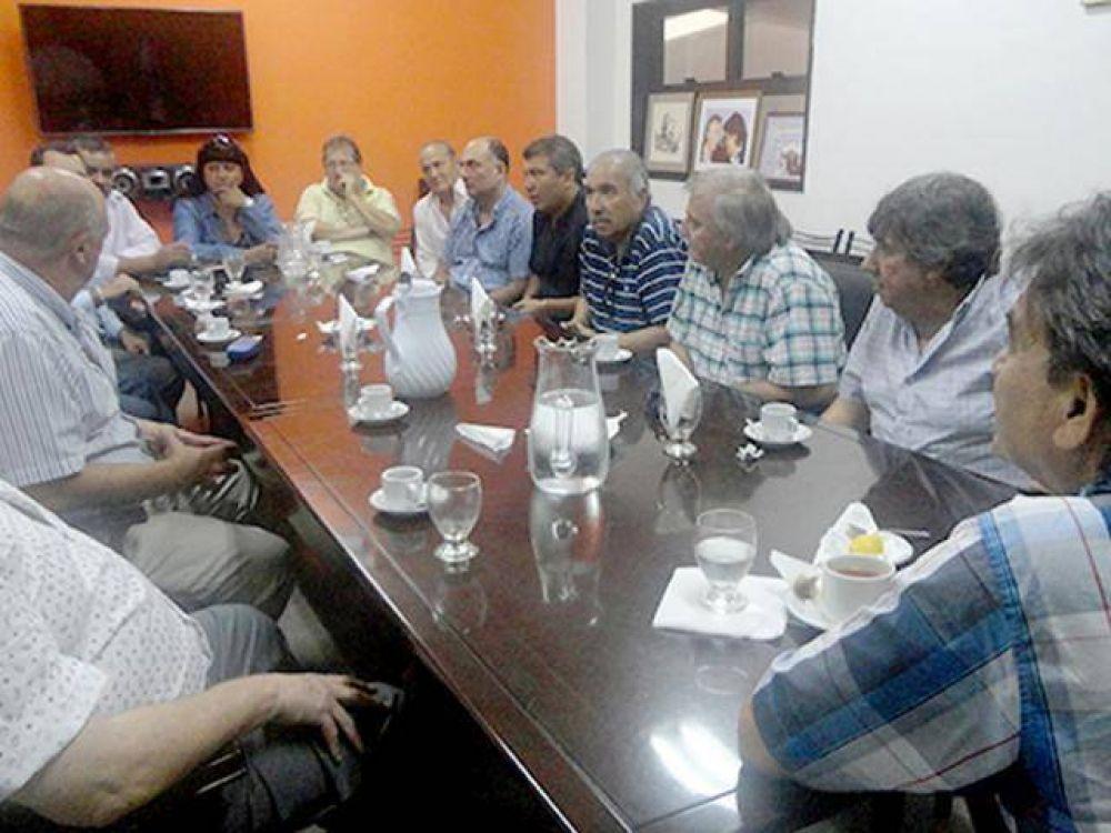 Municipales piden paritarias