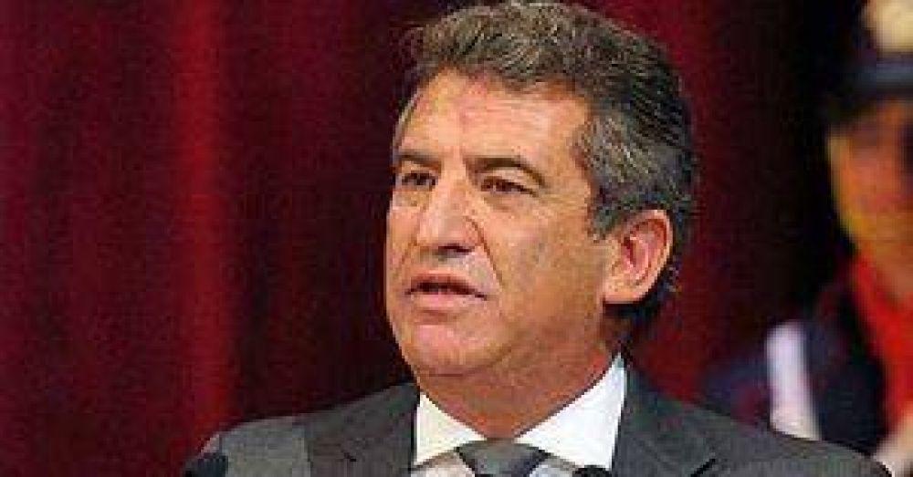 El Gobernador Urribarri lanzó su candidatura presidencial para 2015