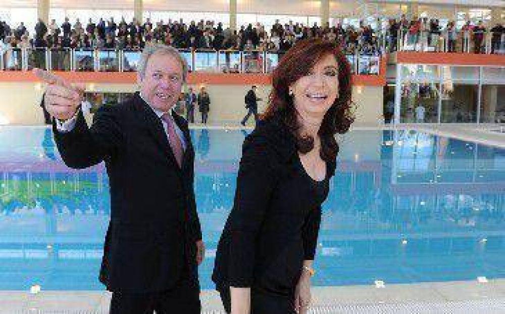 Incomodidad en oficialismo ante eventual acuerdo Peralta - Cristina