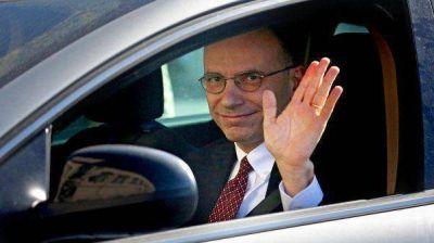 El presidente del Gobierno italiano, Enrico Letta, presentó su dimisión