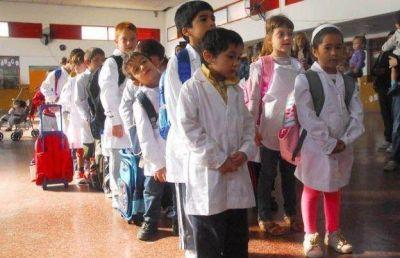 Oficializan el aumento de la asignación por ayuda escolar