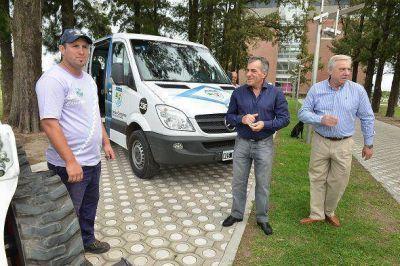 Cariglino presentó más vehículos para la flota de Malvinas Argentinas
