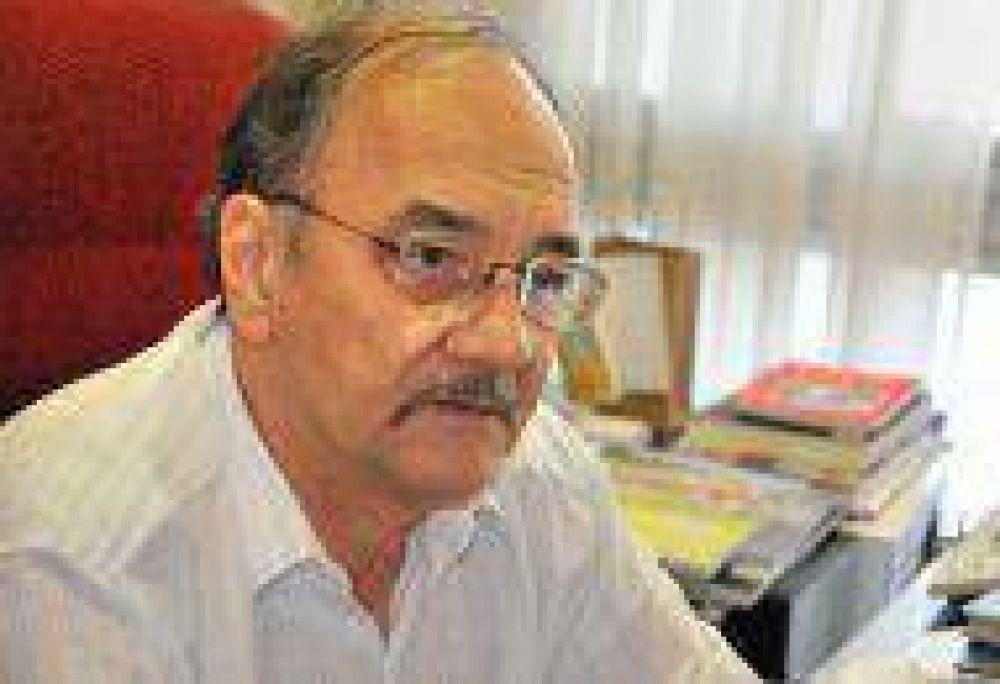 Paritarias: El gobernador insiste en que cada órgano estatal debe responsabilizarse por su situación salarial