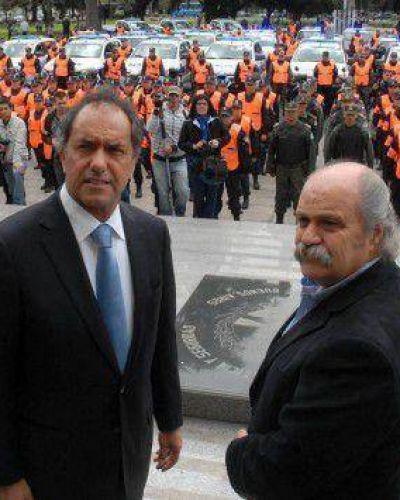 Granados echó al jefe de Infantería que no logró contener la protesta salarial en La Plata