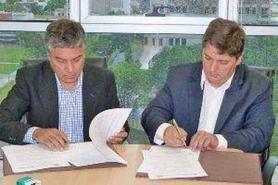 Firman importante convenio de cooperación