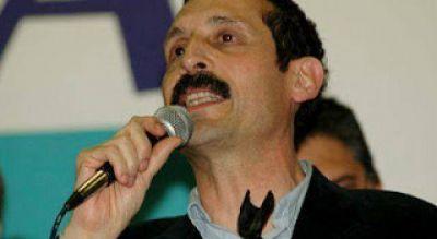 Son mayoría los resignados en el FpV-PJ que Antonuccio es de Massa