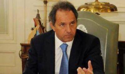 Scioli se reunió con intendentes para evitar más fugas al Frente Renovador