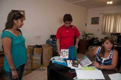 UTHGRA entrega útiles escolares a hijos de sus afiliados