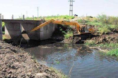 Acondicionan el canal Soberanía Nacional en la zona de Puerto Vilelas