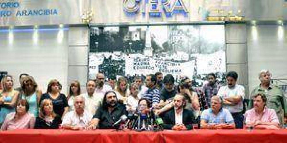 Maestros enrolados en la CTERA resolvieron pedir 35% de aumento