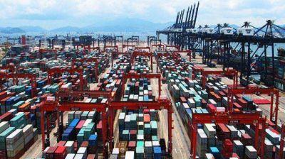 El Gobierno liberó importaciones para grandes empresas