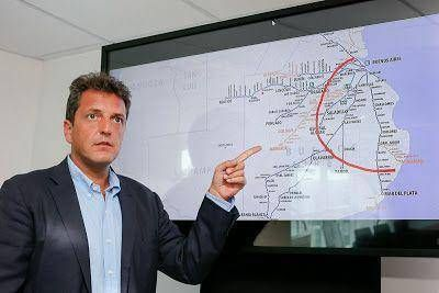 """Massa: """"Necesitamos un sistema ferroviario que contribuya al desarrollo de la Argentina y al buen viajar de la gente"""""""