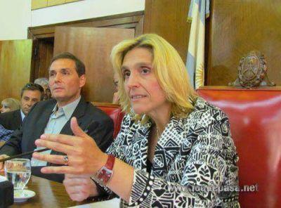 """Expediente Copa Davis: para Azcona AM """"no llega con los votos"""" y tendrá que desempatar Baragiola"""