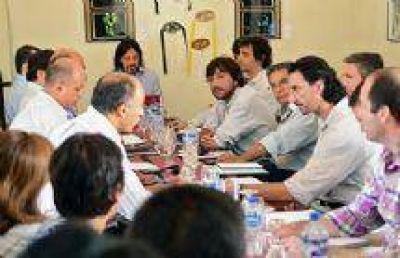 El Gobierno de Salta se reuni� con intendentes para analizar problem�ticas y propuestas de trabajo
