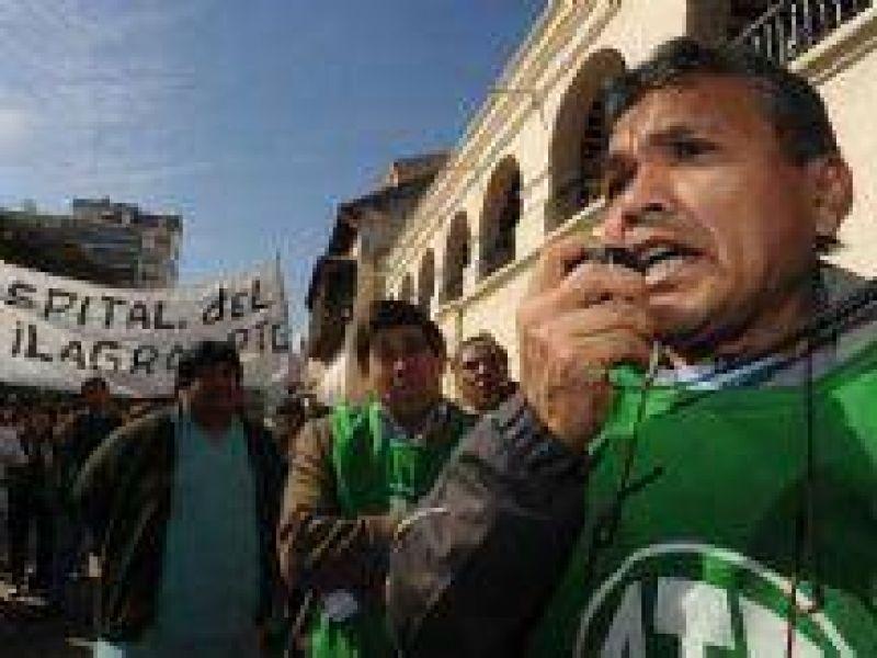 El 5 de marzo los estatales salteños se plegarán al paro nacional