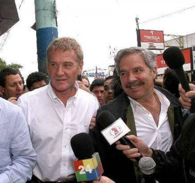 Francisco De Narváez y Felipe Solá recorrerán Isla Maciel