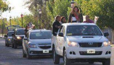 25 de Mayo revolucionado: la Virreina salió de caravana