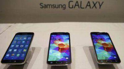 Samsung presentó un renovado Galaxy S5