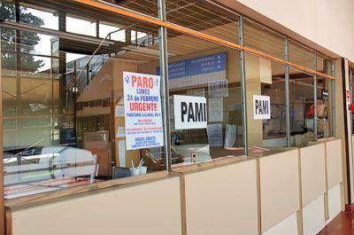 Salud en crisis: la huelga de trabajadores prácticamente paralizó el sistema sanitario