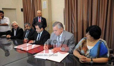 Comuna y Anses firmaron un convenio de cooperaci�n