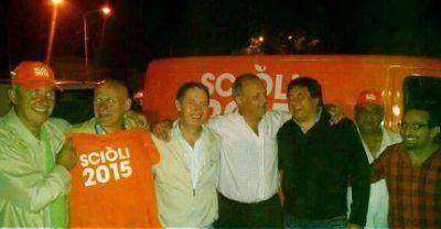 Daniel Scioli suma intendentes en el sur de la mano de Manino Iriart