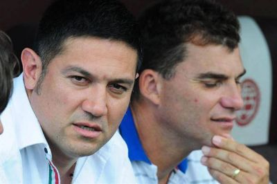 V�lez recibe a Atl�tico Paranense para hacerse fuerte de local en la Copa Libertadores