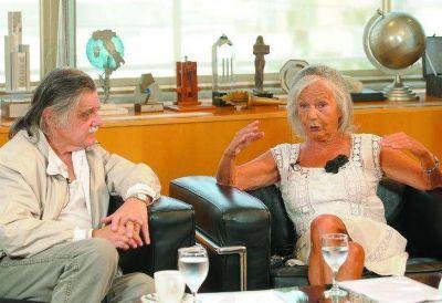"""Sarlo y González coinciden en que la Ley de Medios """"tuvo nombre y apellido"""""""