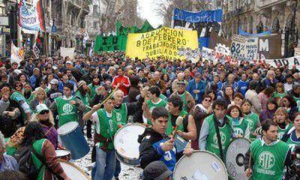 Gremios estatales quieren unificar la protesta salarial y realizarán un plenario provincial